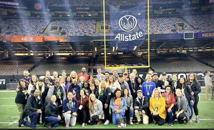 The #NTOY19 cohort is ready for the #NationalChampionship #LSUvCLEM. The teachers on the field! The CCSSO - The Council of Chief State School Officers and Extra Yard for Teachers  for this great experience for the Teachers
